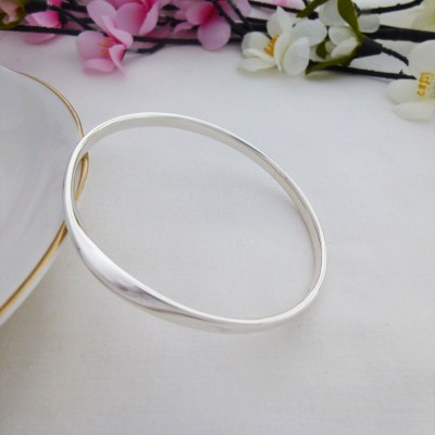 Trixie Large size bangle for larger wrist