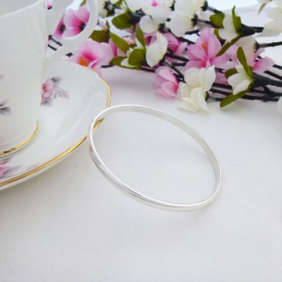 Heidi Silver Oval Bangle for women