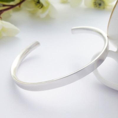 Alexa sterling silver bangle