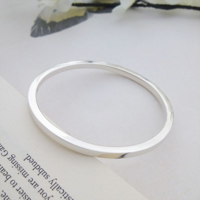 Antonia Small Square Section Bangle