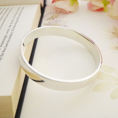 Ava large solid silver ladies bangle