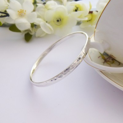 Edie Small Hammered Bangle