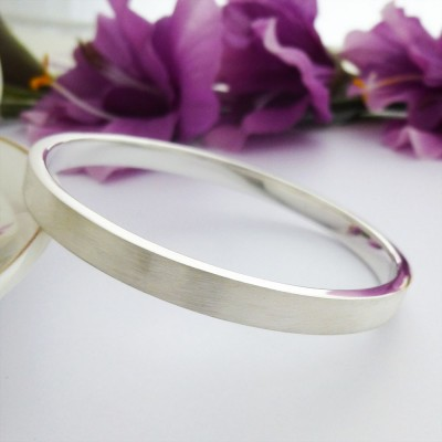Elsa engraved large size silver bangle