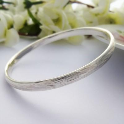 Iris Textured Silver Bangle