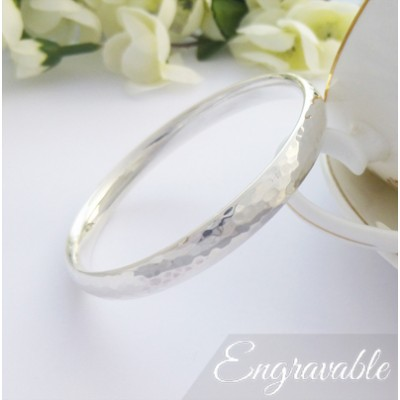 Kelly Hand Hammered Wide Bangle