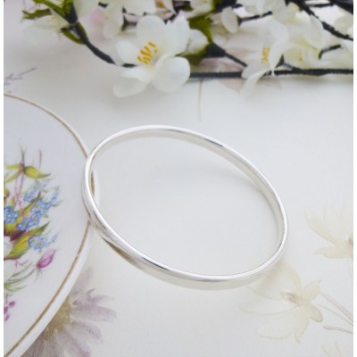 Malia Extra Large Oval Bangle
