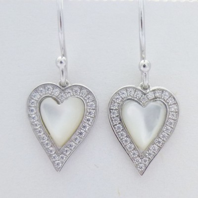 Mother of pearl Drop Hearts