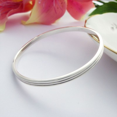Phoebe large sterling silver bangle personalised