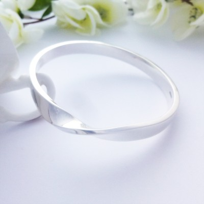 Tawny Chunky Large Solid Silver Bangle