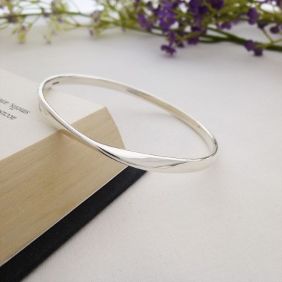 Trixie Extra Large Silver Bangle