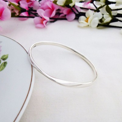 Trixie Extra Large Size Bangle