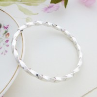 Imogen Small Twisted Silver Bangle