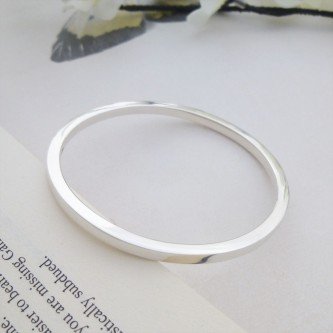 Antonia large silver bangle
