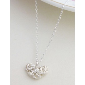 Holly Mesh Heart Silver Necklace