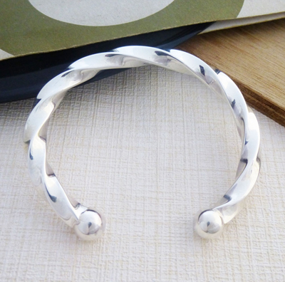 mens chunky solid silver bangle