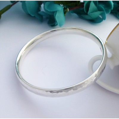 Kelly soft hammered bangle in sterling silver